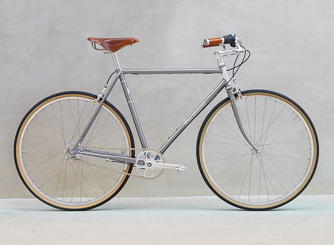 Paramour City Two: Custom Steel Bike Frames from Austin, Texas